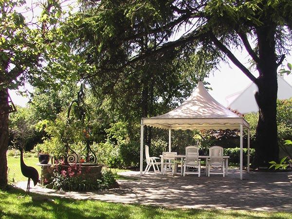 Bed and breakfast le jardin secret noisy le grand europa for Jardin secret