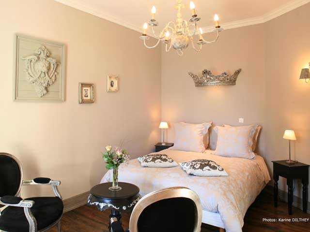 chambres d 39 h tes manoir saint charles r my europa bed breakfast. Black Bedroom Furniture Sets. Home Design Ideas