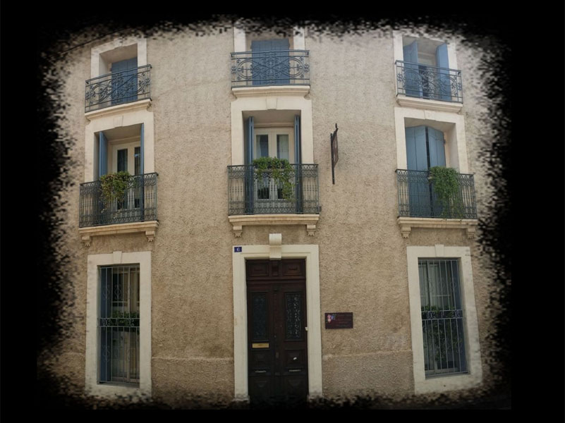 Chambres d 39 h tes la maison de rose caux europa bed for Autour de la maison rose